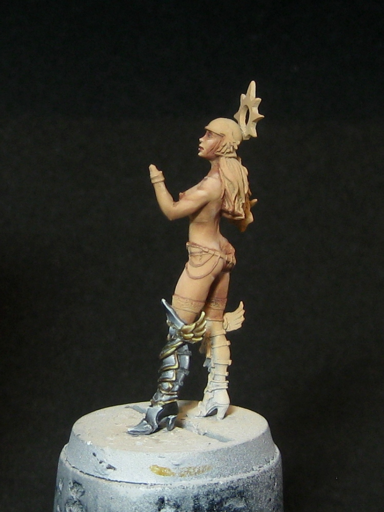 GS_NMM_gold_WIP09
